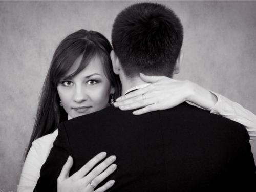 Шепотки на мужчину: 3 способа привлечь любовь
