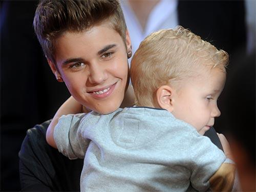 Как Джастин Бибер стал многодетным отцом
