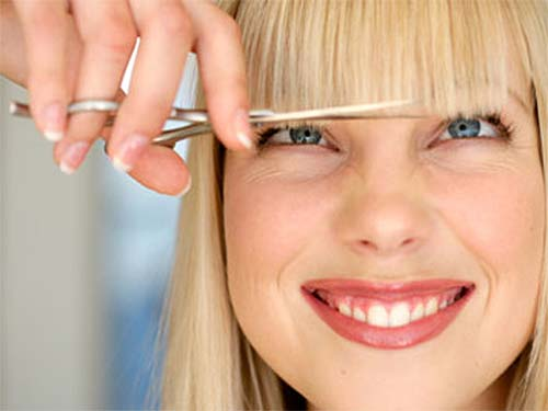 Астрологи назвали удачные дни для стрижки волос