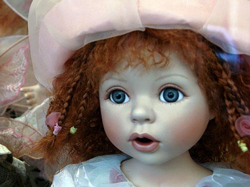 Куклы: чем опасны безобидные детские игрушки