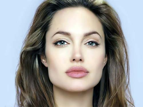 Семь шокирующих фактов об Анджелине Джоли