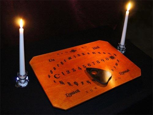 Как вызвать духа: секреты спиритизма