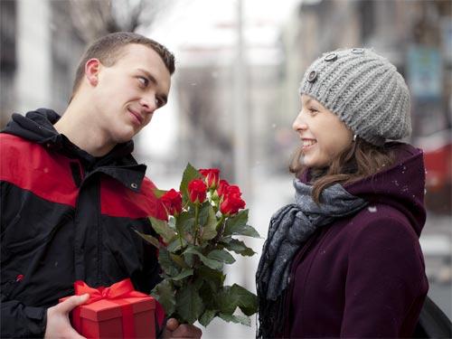 Как определить характер мужчины и его отношение к вам по подаркам