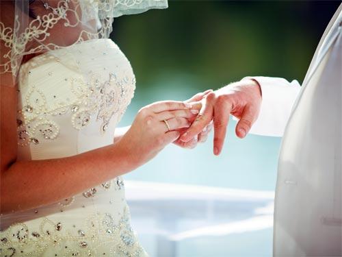 Василиса Володина назвала благоприятные дни для свадьбы в 2014 году