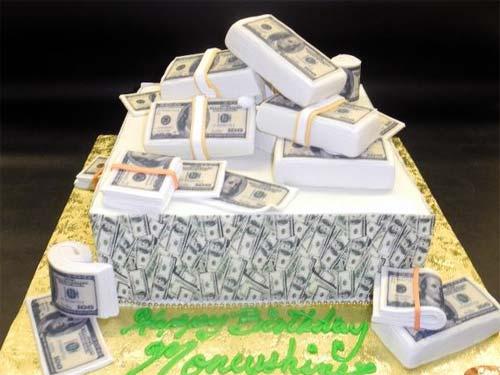 Василиса Володина: как день рождения влияет на финансовое состояние