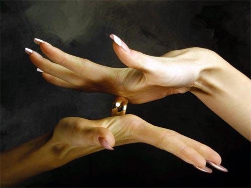 Хиромантия линий на руке: как узнать, что скрывает любимый человек