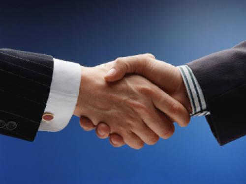 Гороскоп совместимости Знаков Зодиака в работе: кто поможет вам в карьере и бизнесе