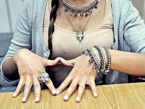 Мерилин Керро: какие украшения привлекут к вам удачу