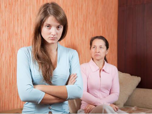 Елена Ясевич: как определить материнское проклятие и снять его