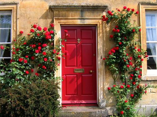 Двери по фэн-шуй: как заманить в дом удачу