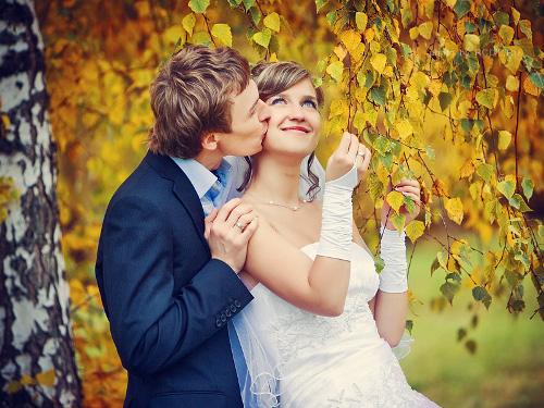 Свадьба в сентябре: традиции и приметы