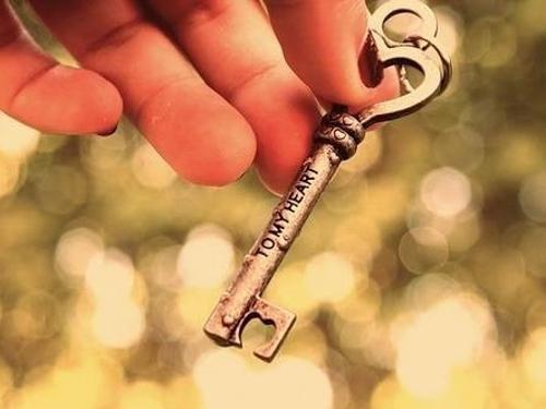 Приметы потерять кольцо, крестик, сережку, ключи