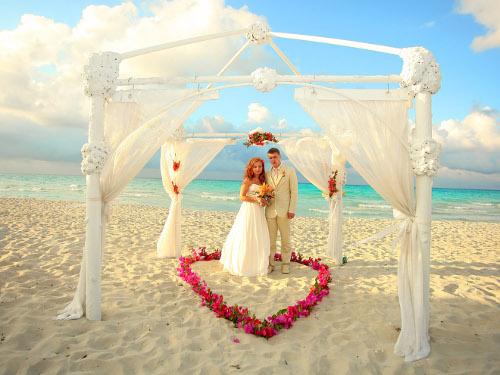 Василиса Володина назвала благоприятные дни для свадьбы в 2015 году