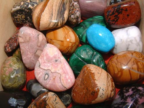 Камни-талисманы для привлечения денег и удачи