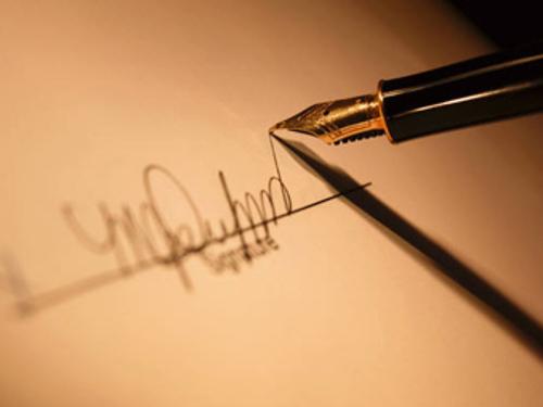 Графология: какая подпись привлекает деньги