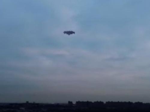 Инопланетяне разрядили айфон американца, снимавшего НЛО