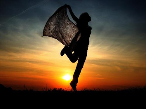 Что нельзя делать вечером: приметы и суеверия