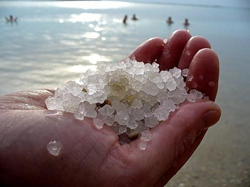 Приметы связанные с солью