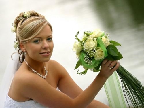 Поймать букет невесты: приметы