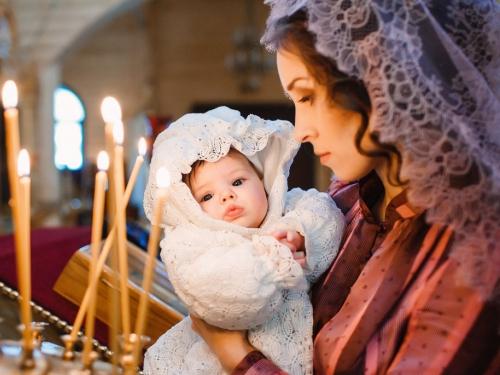 Что принято дарить на крестины девочке
