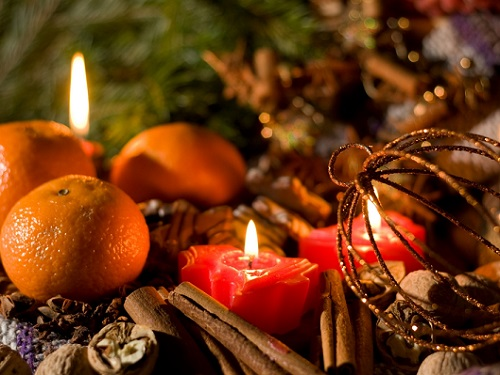 Виктория Райдос и сильный новогодний ритуал защиты дома