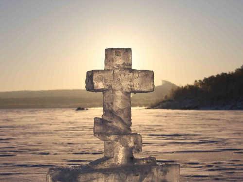 Крещенская вода отсглаза, порчи инеудач
