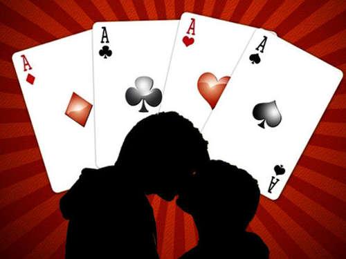 Гадание на игральных картах: расклады на любовь