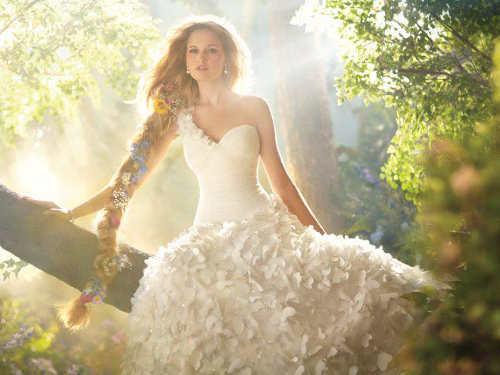 Кчему снится свадебное платье