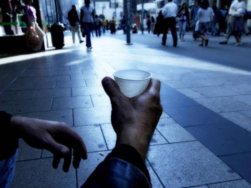 8 привычек, которые приводят к бедности