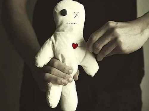 Как сделать куклу вуду: советы ясновидящей Регины Федоренко