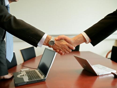 Заговоры наторговлю: как выгодно продать дом, квартиру или машину