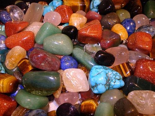 Камни-обереги отфинансовых потерь