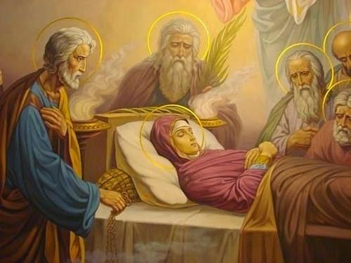 Успение Пресвятой Богородицы: церковные традиции и народные обычаи