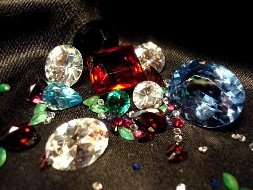 Совместимость драгоценных камней между собой