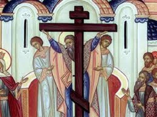 Воздвижение Животворящего Креста Господня: обычаи, традиции имолитвы
