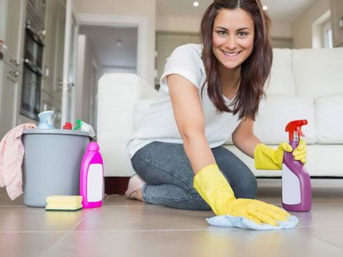 Как превратить уборку вполезный ритуал: привлекаем вдом благополучие