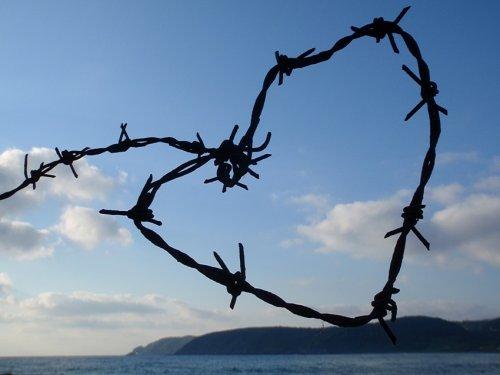 Любовная зависимость: что это икак отнее избавиться