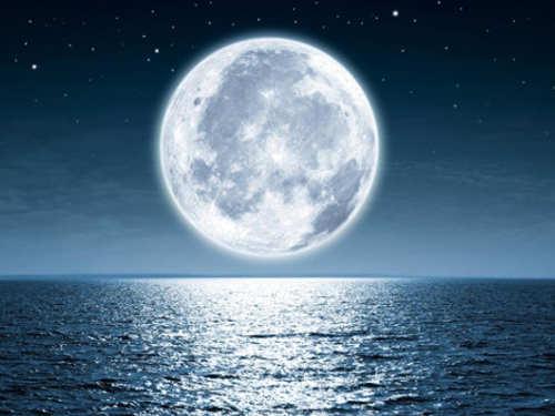 Убывающая Луна вмае 2018 года