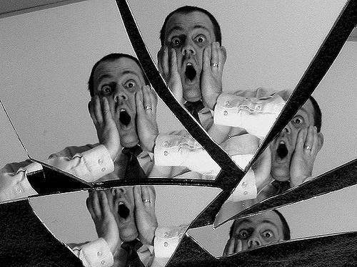 Когда нельзя смотреть взеркало: 5запретов