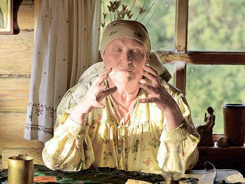 Найдена настоящая баба Нина— провидица, которая помогает людям