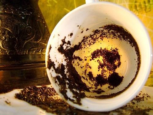 Гадание накофейной гуще: толкование символов