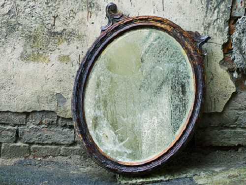 Можноли выбрасывать зеркала издома икак правильно это делать