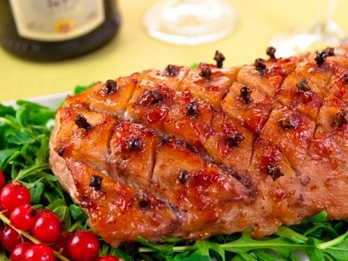 Можно ли есть свинину на Новый год 2019″