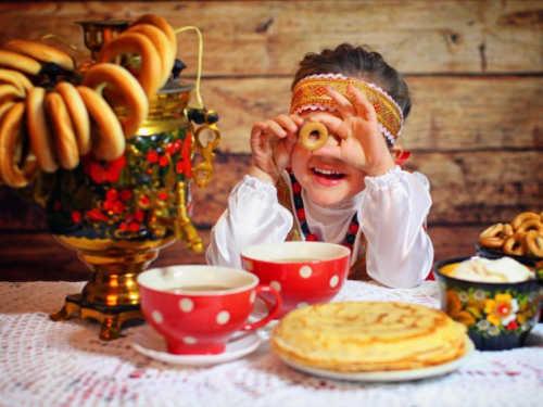 Как отметить Масленицу с семьей: современные традиции