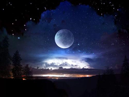 Чем опасно Полнолуние 19 апреля и как избежать неприятностей: советы астрологов