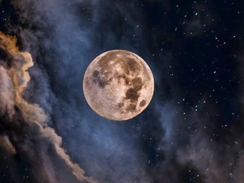 Приметы нарастущую иубывающую Луну: наденьги, любовь, удачу