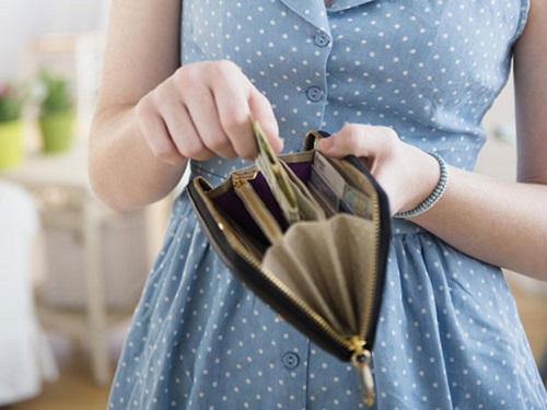 Что нельзя хранить вкошельке: 5вещей, которые отталкивают деньги