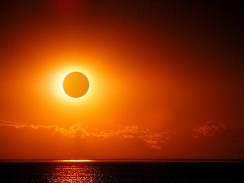 Солнечное затмение 2июля 2019года: ритуалы наудачу, деньги иизбавление отпроблем