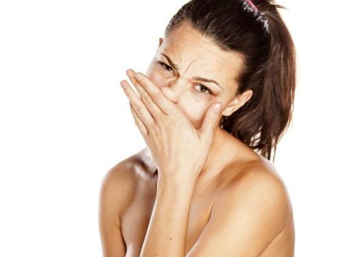 Кчему чешется нос: приметы