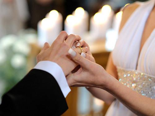Можноли жениться ввисокосный год